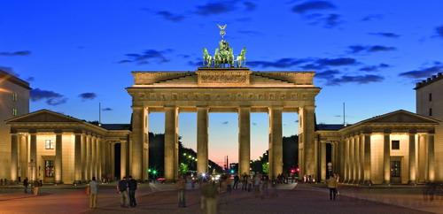 Brandenburger Tor Berlin (Blick in Richtung Westen) (© visitBerlin, Foto: Wolfgang Scholvien)