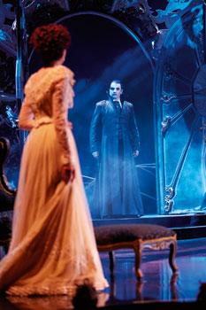 Liebe stirbt nie (© Stage Entertainment)