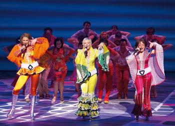 """""""Mamma Mia!"""" - Das Musical (© Brinkhoff/Mögenburg)"""