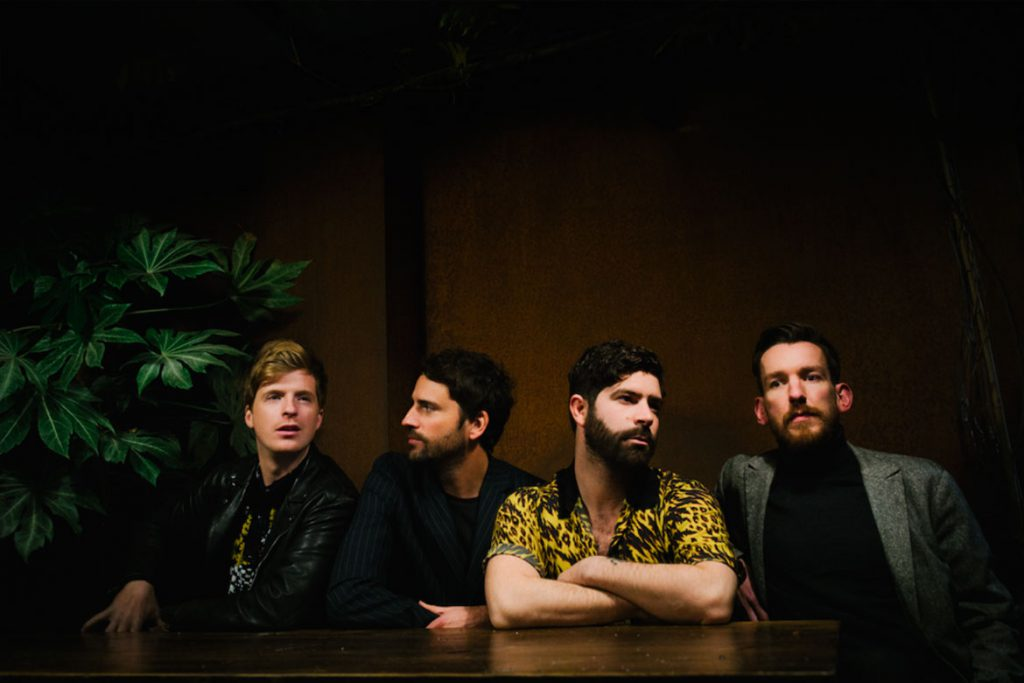 Foals (Foto: © Alex Knowles)