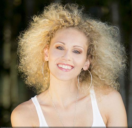 Sabrina Weckerlin (Foto: © Michael Eloy Werthmüller)