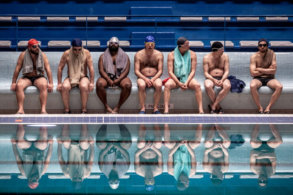"""Ein Becken voller Männer"" Szenenbild (© Studiocanal GmbH / Mika Cotellon)"