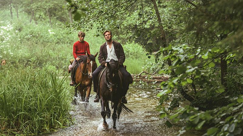 """""""Pferde stehlen"""" Szenenbild (© 2019, 4 1/2 Fiksjon As, Zentropa Entertainments5, Zentropa Sweden, Nordisk Film, Helgeland Film)"""