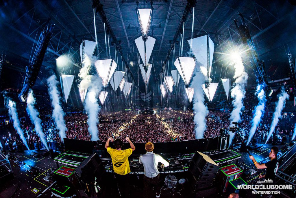 Dimitri Vegas & Like Mike bei der BigCityBeats WORLD CLUB DOME Winter Edition 2020 (© Stijn DeGrauwe / BigCityBeats WORLD CLUB DOME)