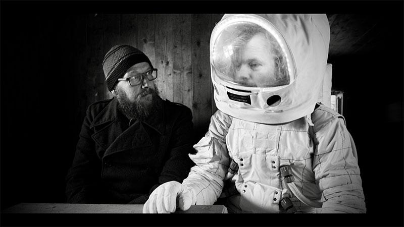 """""""Dreiviertelblut - Weltraumtouristen"""" Szenenbild (© Südkino)"""