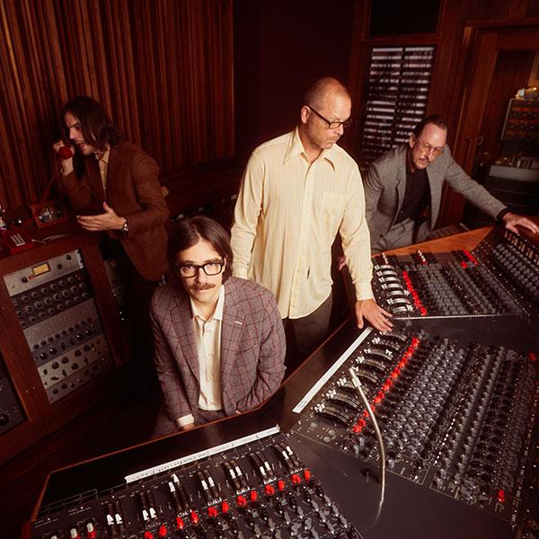 Weezer (© Warner Music Group)