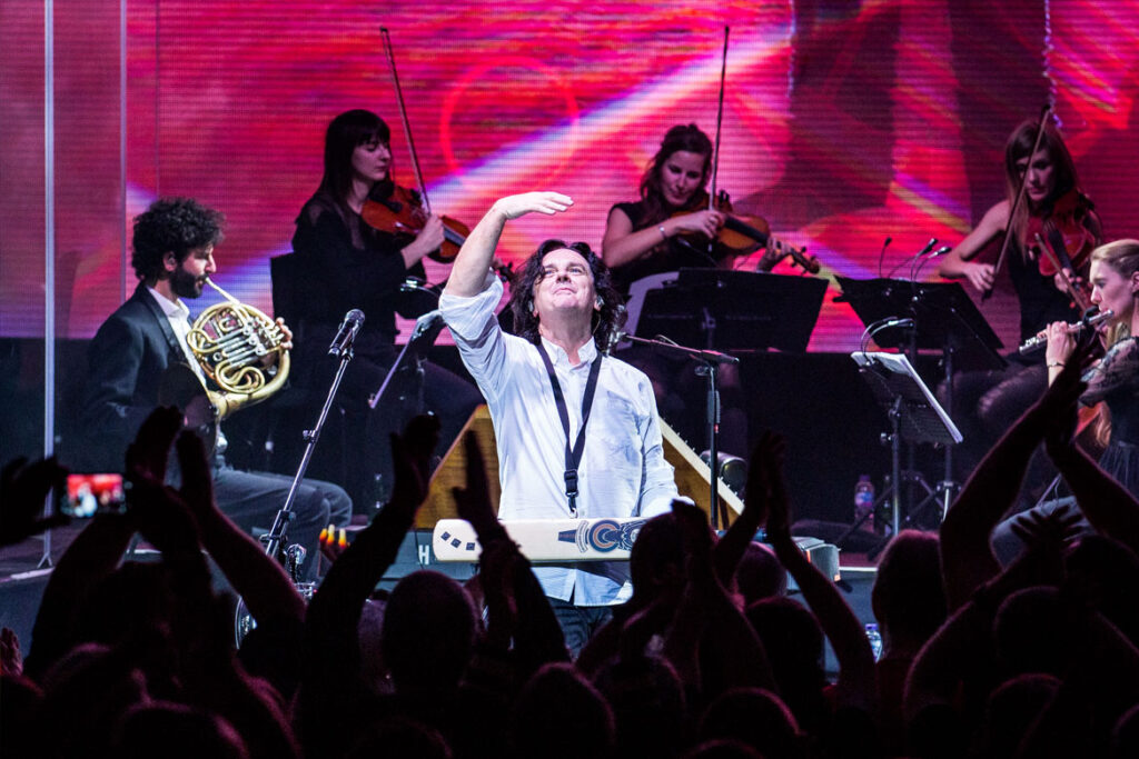 Marillion in Cardiff (© Anne Marie Forker)